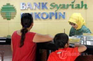 bank_aktivitas-pelayanan-di-bank-syariah-bukopin_2250