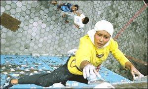 Etti-Hendrawati-Speed-Climber-Climb