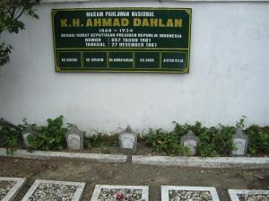 Muh makam KH A Dahlan
