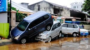floods manado
