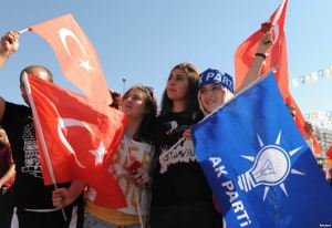Supporters of AKP
