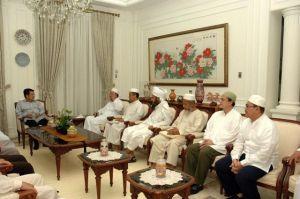 Indonesia's Jamaah Tabligh leaders meet Vice President Jusuf Kalla.