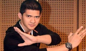 iko-uawis-_Republika