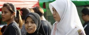 muis_headscarf2