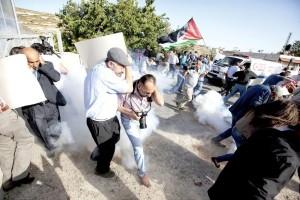 bru Palestinians-scramble-ADJ.transformed