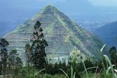 piramida g padang