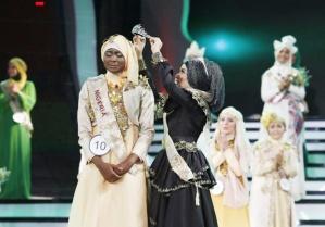Nigerian Obabiyi Aishah Ajibola Wins Islamic Beauty Pageant 2013