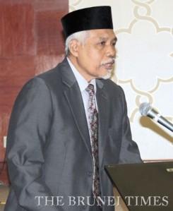 Professor Datuk Dr Osman Bakar.