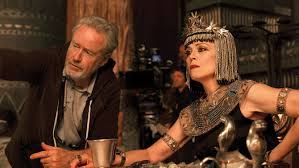Ridley Scott directing Sigourney Weaver in 'Exodus: Gods and Kings'.