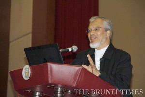 Tan Sri Prof Dr Mohd Kamal Hassan